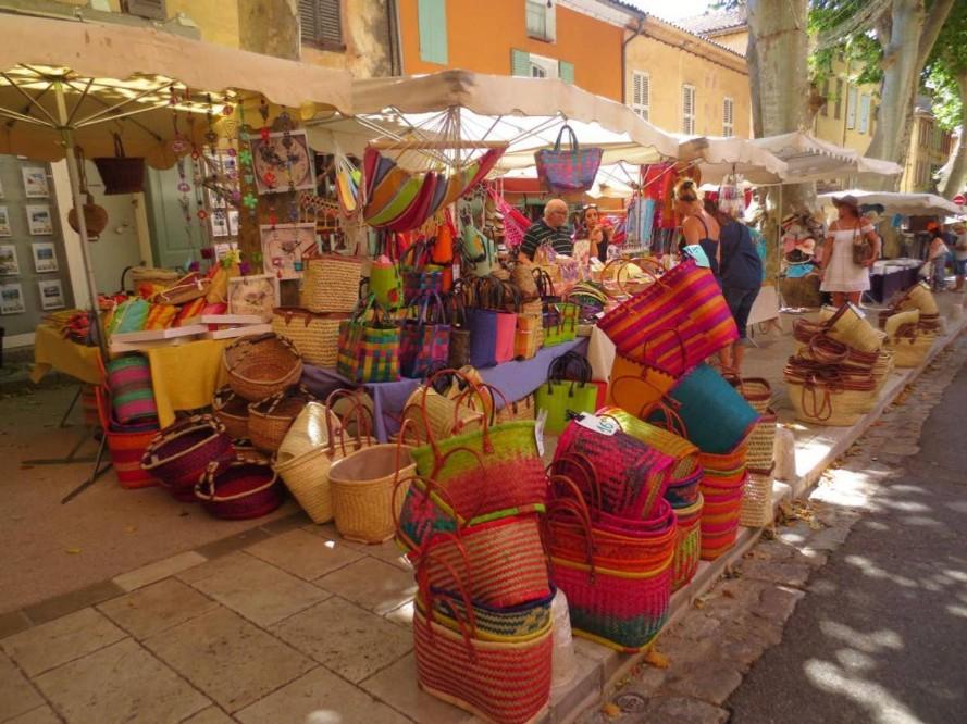 Aix market - handicrafts