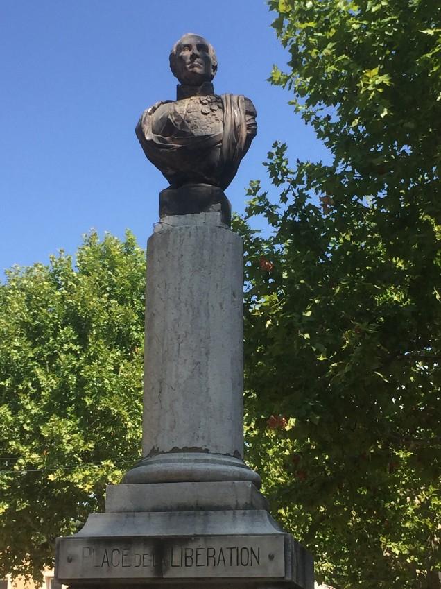 General Gessendi & the main fountain