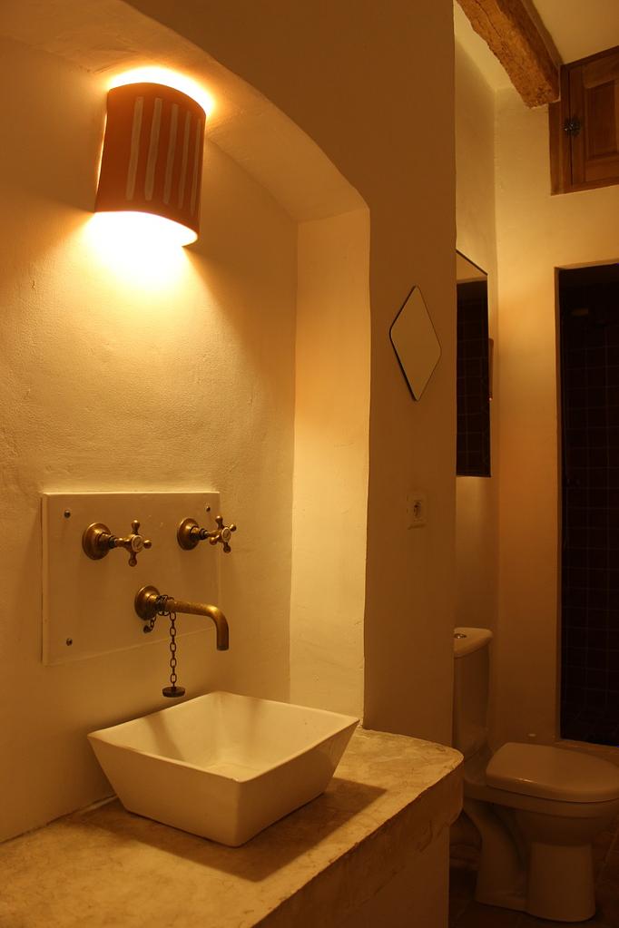 Salon shower room