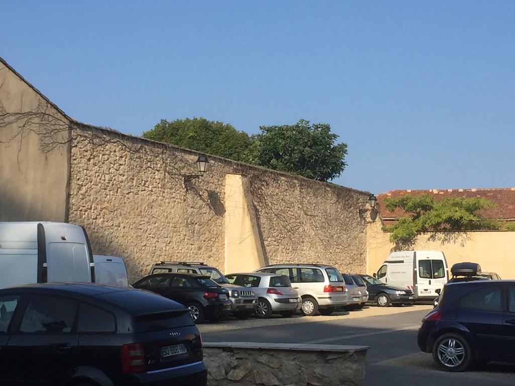 Parking near 'La Maison'