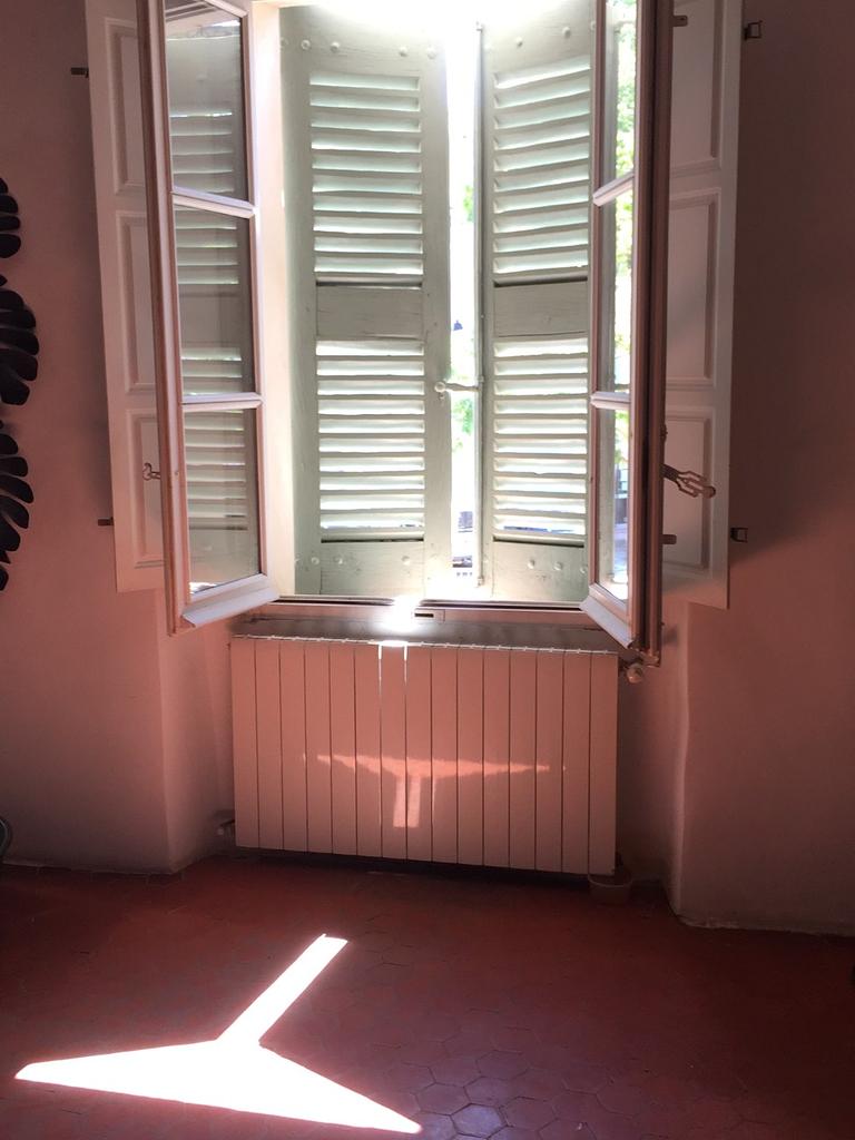 Salon sunshine