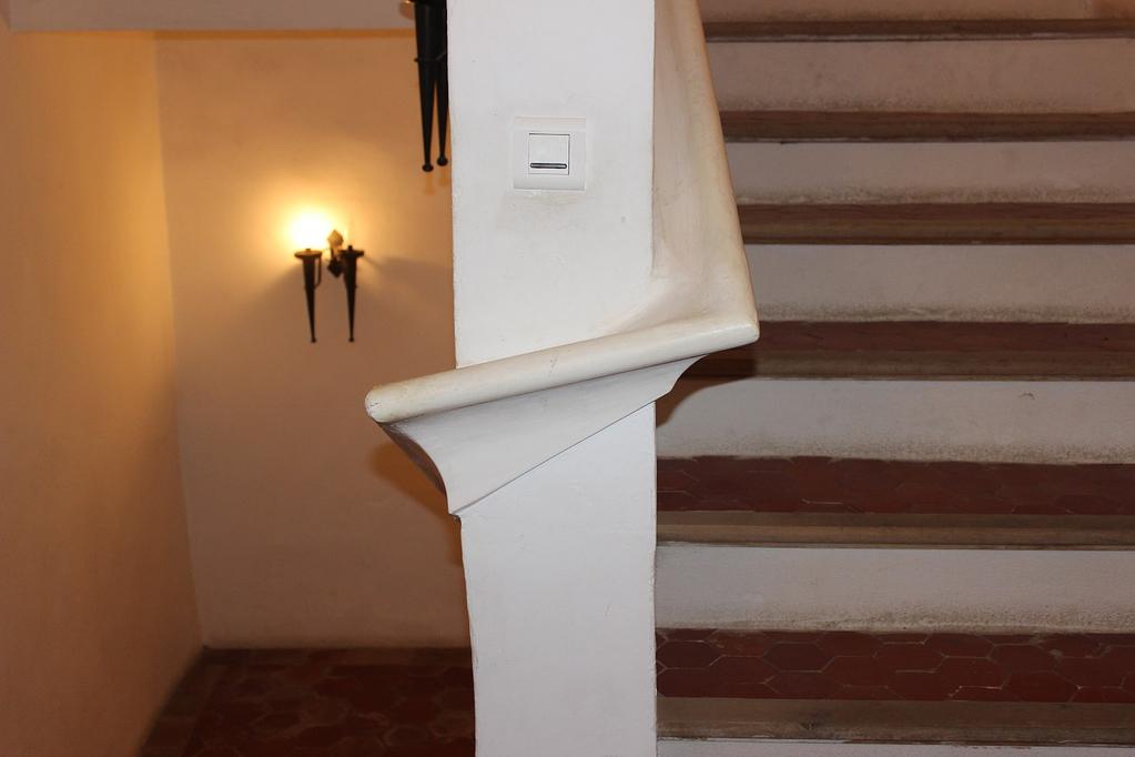 Stairs hand rail