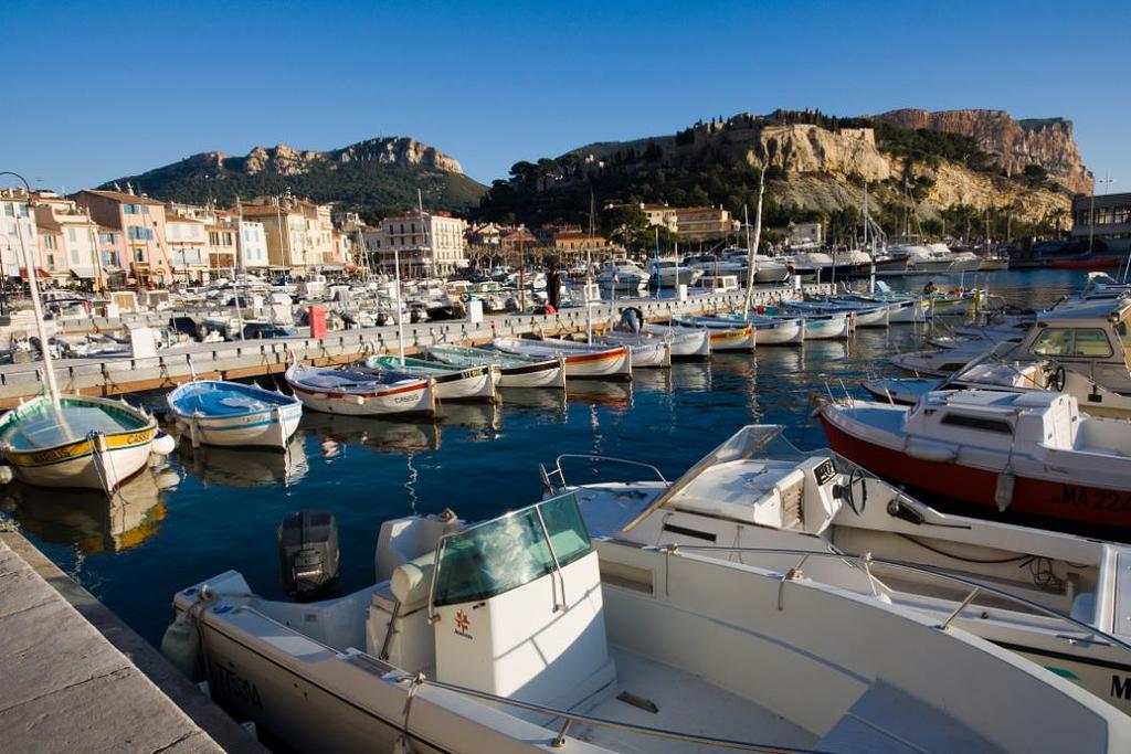 Port of Cassis (credit: Jean-Christophe Benoist - creative commons 3.0)