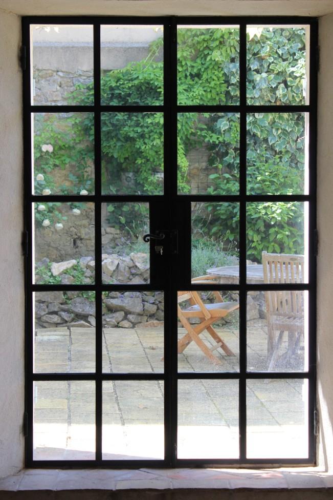 Double door to courtyard