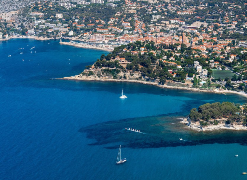 Villas on the mediterranean coast