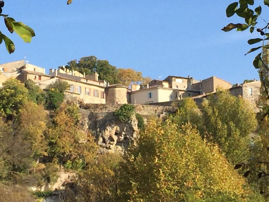 Varages village