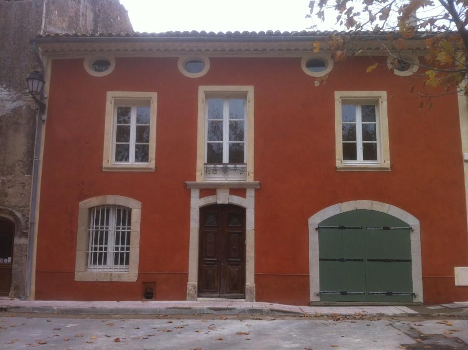 Asymmetrical house front